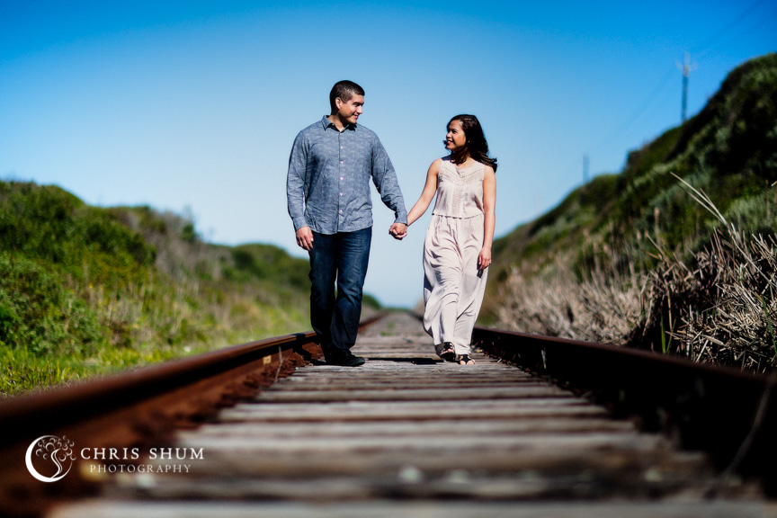 San_Francisco_wedding_photographer_Engagement_session_SantaCruz_railroad_berryfarm_02