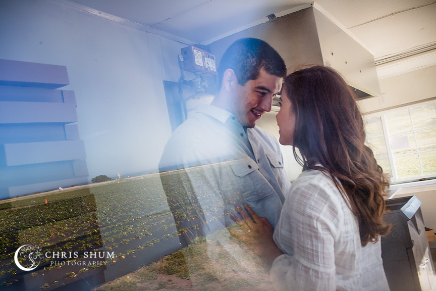 San_Francisco_wedding_photographer_Engagement_session_SantaCruz_railroad_berryfarm_18