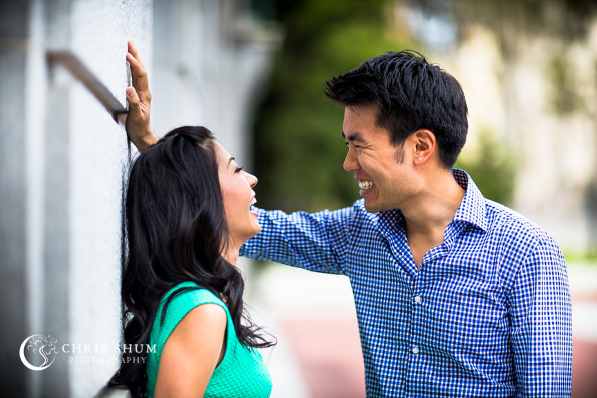 san-francisco-wedding-photographer-Engagement-session-UC-Berkeley-sweet-talk