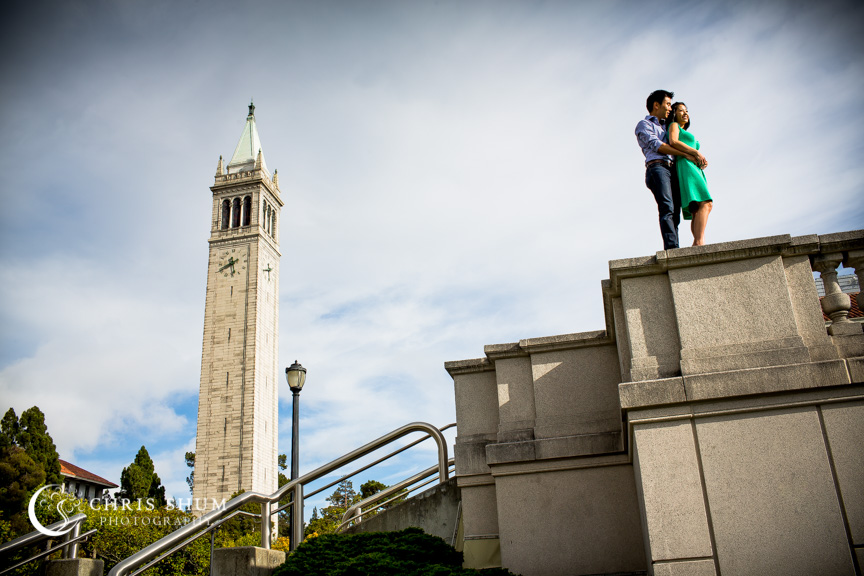 san-francisco-wedding-photographer-Engagement-session-UC-Berkeley-by-Campanile
