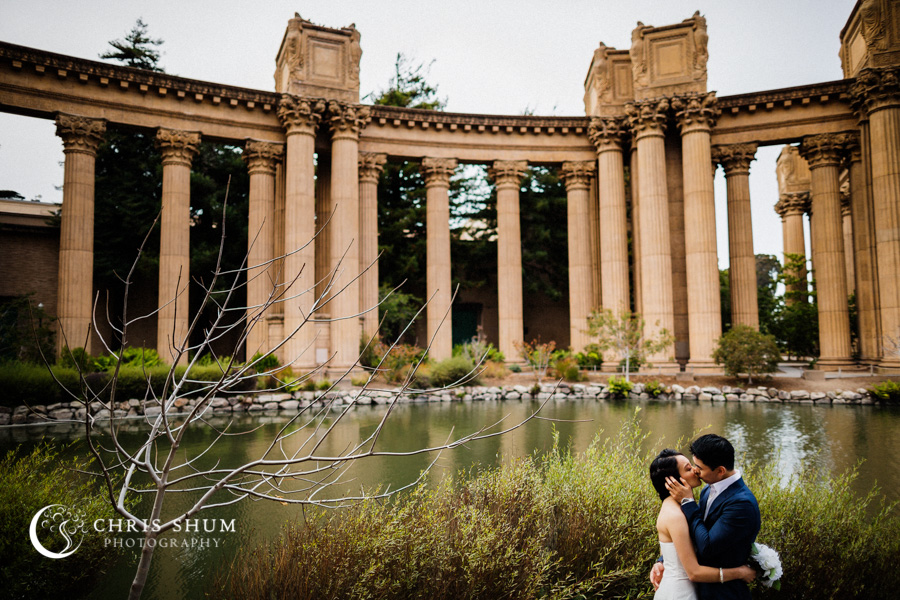 San_Francisco_wedding_photographer_Engagement_session_Palace_of_Fine_Arts_Sutro_bath_06