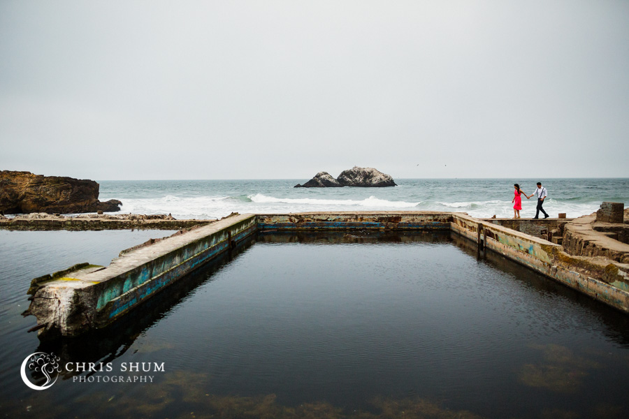 San_Francisco_wedding_photographer_Engagement_session_Palace_of_Fine_Arts_Sutro_bath_13