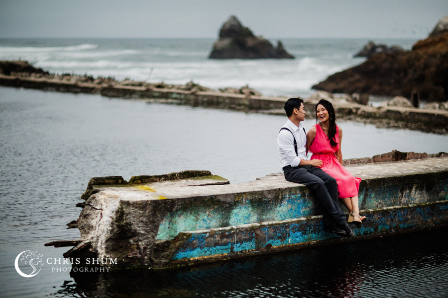 San_Francisco_wedding_photographer_Engagement_session_Palace_of_Fine_Arts_Sutro_bath_14