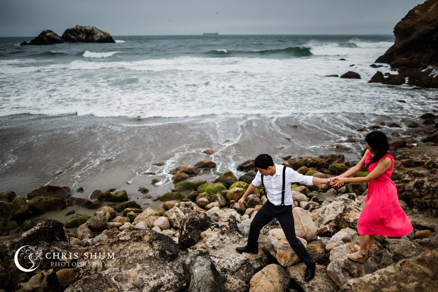 San_Francisco_wedding_photographer_Engagement_session_Palace_of_Fine_Arts_Sutro_bath_17