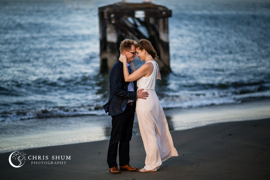 San_Francisco_wedding_photographer_Engagement_session_Palace_of_Fine_Arts_Crissy_Field_11