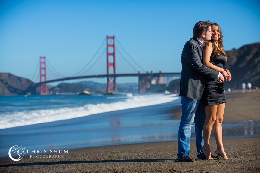 San-Francisco-Wedding-Photographer-Baker-Beach-Golden-Gate-Bridge-proposal-engagement-session-02