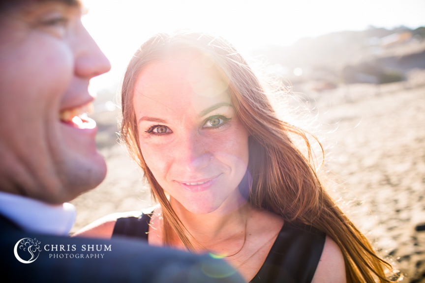 San-Francisco-Wedding-Photographer-Baker-Beach-Golden-Gate-Bridge-proposal-engagement-session-07
