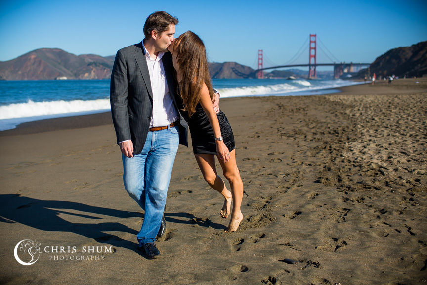 San-Francisco-Wedding-Photographer-Baker-Beach-Golden-Gate-Bridge-proposal-engagement-session-12