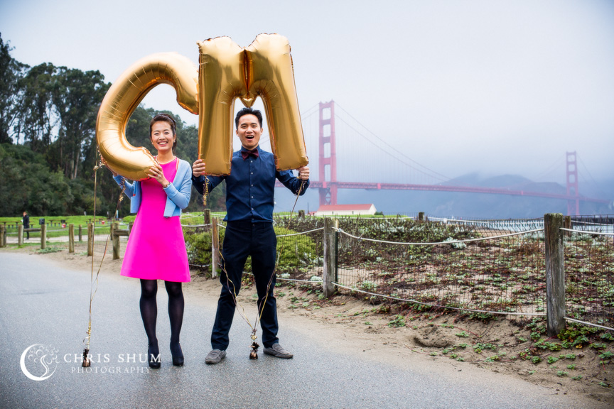 San-Francisco-Wedding-Photographer-Crissy-Field-Torpedo-Wharf-Engagement-session-02