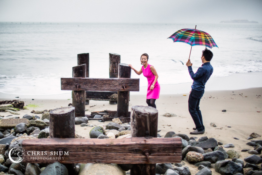 San-Francisco-Wedding-Photographer-Crissy-Field-Torpedo-Wharf-Engagement-session-08