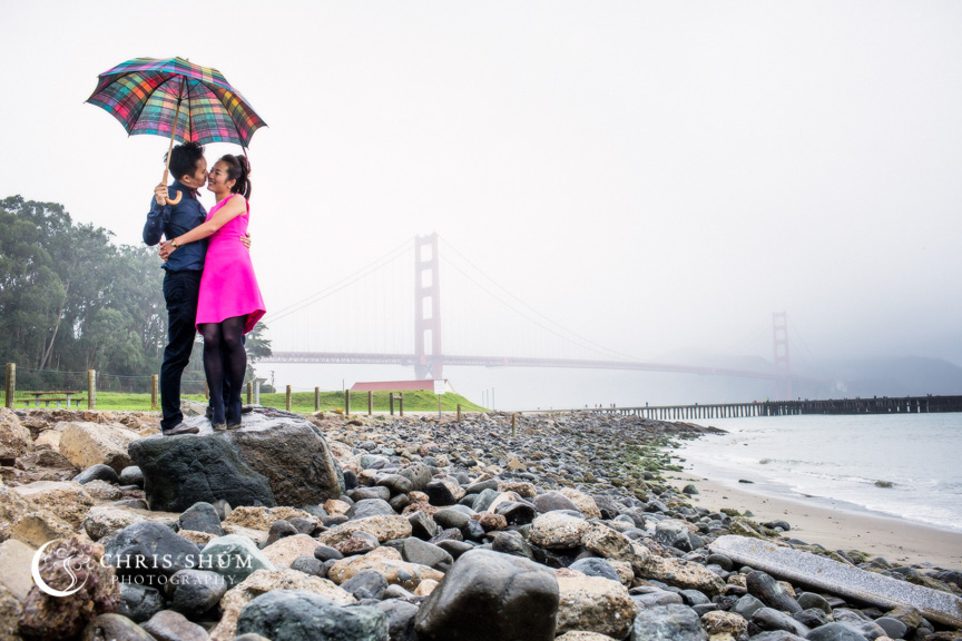 San-Francisco-Wedding-Photographer-Crissy-Field-Torpedo-Wharf-Engagement-session-10