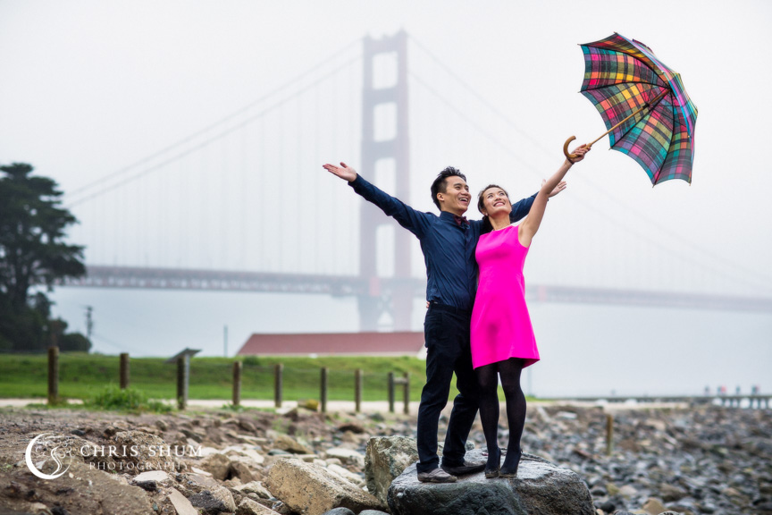 San-Francisco-Wedding-Photographer-Crissy-Field-Torpedo-Wharf-Engagement-session-11