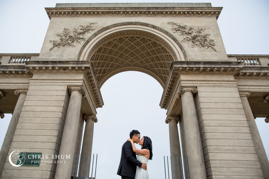 San-Francisco-wedding-photographer-Legion-of-Honor-engagement-session-04