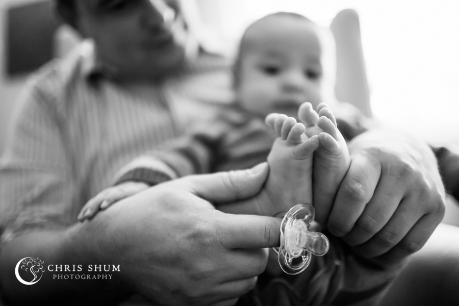 San_Francisco_San_Jose_kidsfamily_photographer_our_house_fun_time_with_our_three_month_old_baby_family_session_14