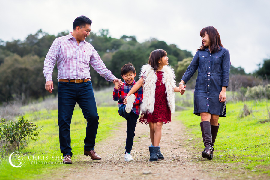 San_Francisco_San_Jose_family_photographer_the_Kim_Family_fun_photo_session_at_Rancho_San_Antonio_02