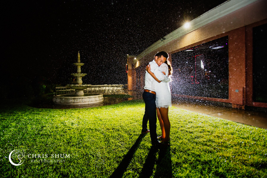 San_Francisco_wedding_photographer_San_Ramon_Canyon_View_Wedding_Romance_In_the_Rain_53