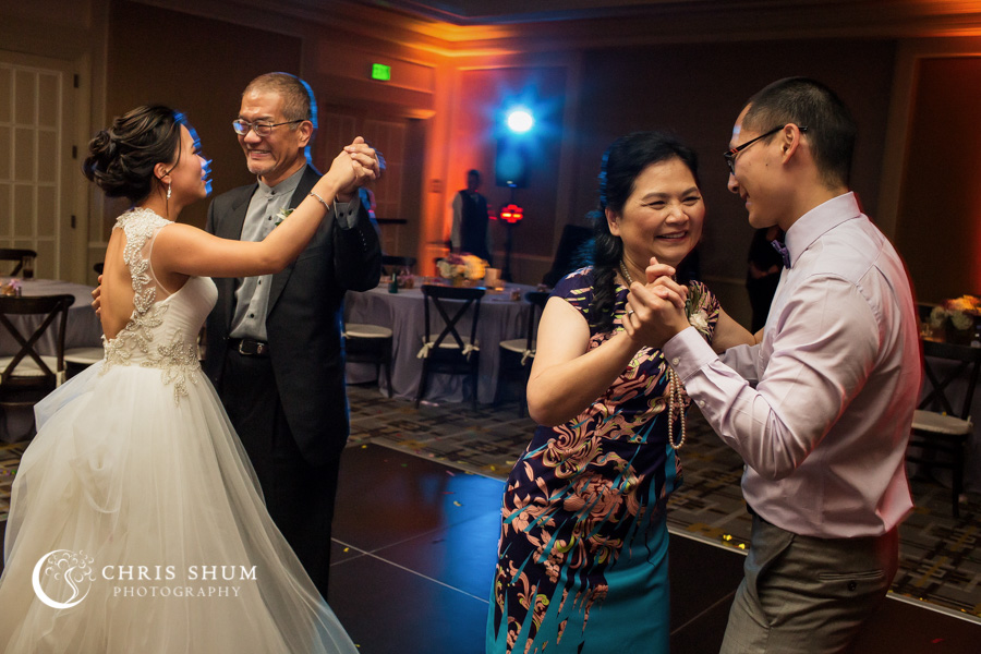 San_Francisco_wedding_photographer_SF_Four_Seasons_Hotel_40