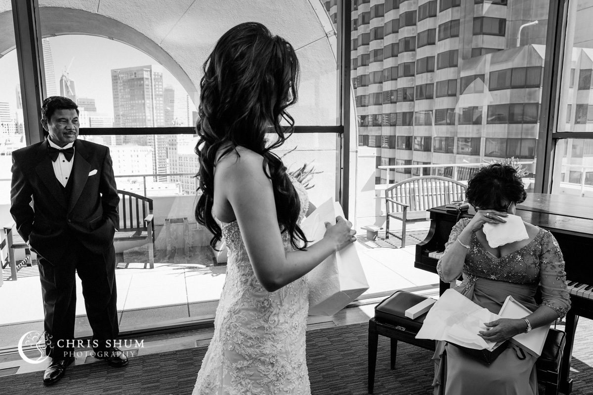San_Francisco_wedding_photographer_Hilton_Union_Square_San_Francisco_Design_Center_SFDC_Wedding_09