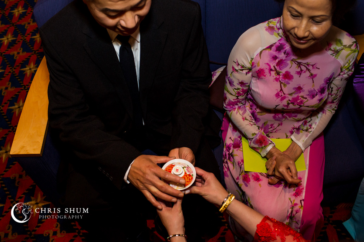 San_Francisco_wedding_photographer_WeddingInTheCity_Wedding_25