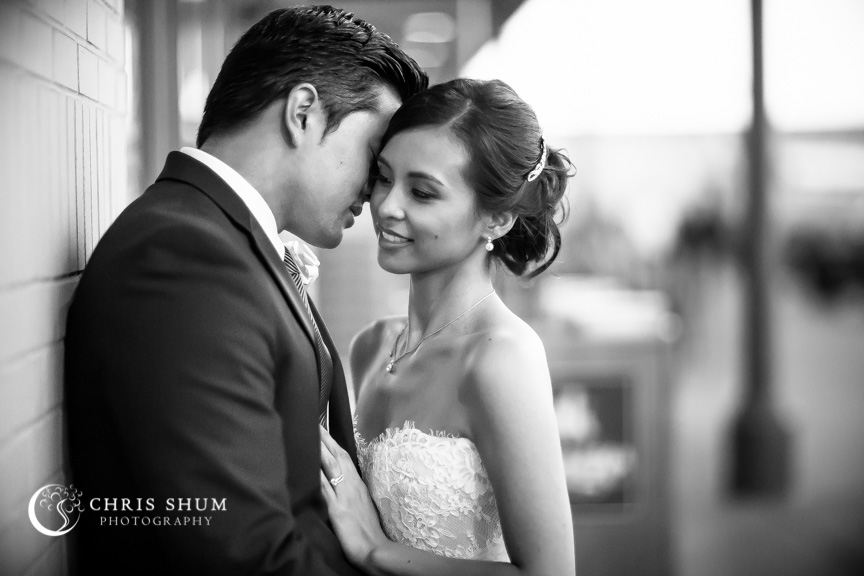 San-Francisco-Wedding-Photographer-The-Meeting-Hall-1300-Fillmorewedding-session-25