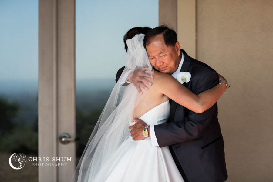 San_Francisco_wedding_photographer_Hilton_Sonoma_Wine_Country_Paradise_Ridge_Winery_07
