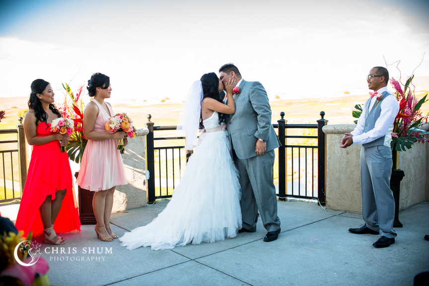 san-francisco-wedding-photographer-sweet-emotional-wedding-at-Poppy-Ridge-Golf-Course-Livermore-17