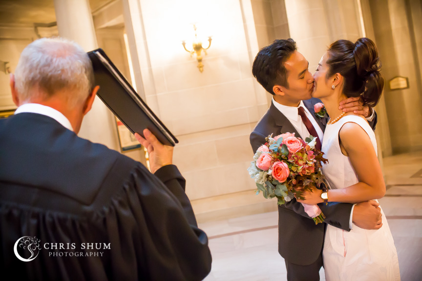 San-Francisco-Wedding-Photographer-City-Hall-civil-wedding-session-19