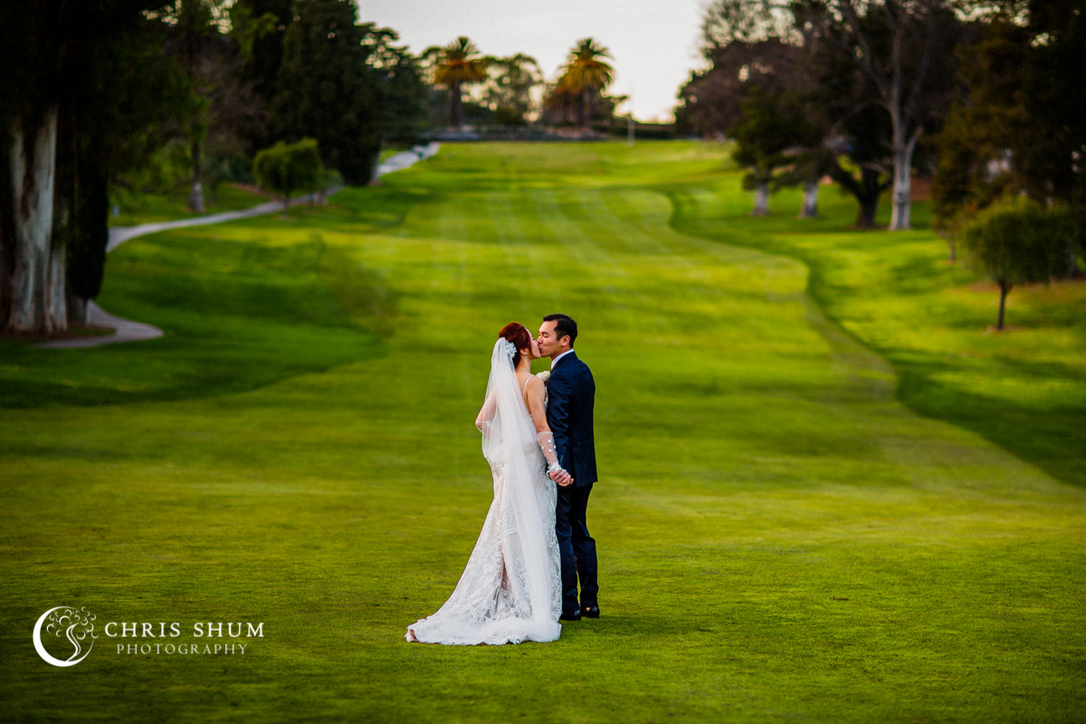 San_Francisco_wedding_photographer_StRobertsCatholicChurch_CastlewoodCountryClub_Pleasanton_Wedding_01