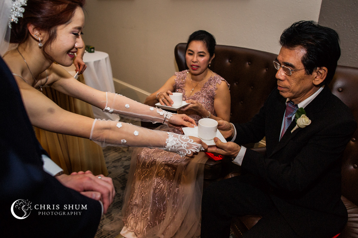 San_Francisco_wedding_photographer_StRobertsCatholicChurch_CastlewoodCountryClub_Pleasanton_Wedding_43
