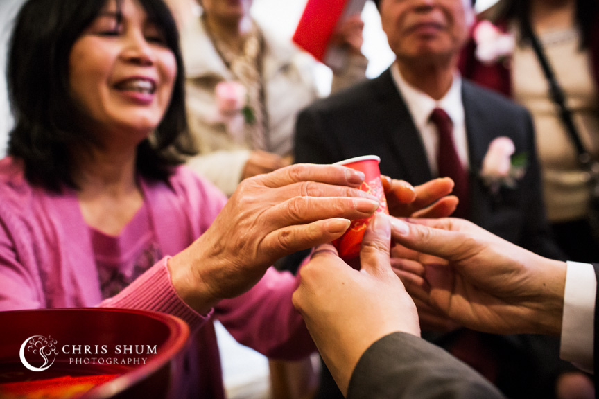 san-francisco-wedding-photographer-receiving-bride-Chinese-tea-ceremony-015