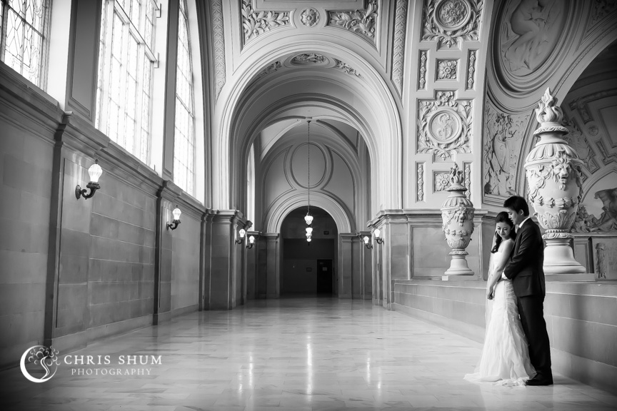 san-francisco-wedding-photographer-lovely-prewedding-session-at-SF-City-Hall-1